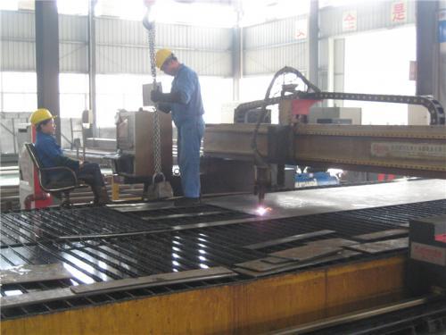 Vedere din fabrică12